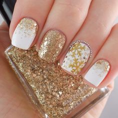 """Instagram photo by lifeisbetterpolished <a class=""""pintag"""" href=""""/explore/nail/"""" title=""""#nail explore Pinterest"""">#nail</a> <a class=""""pintag"""" href=""""/explore/nails/"""" title=""""#nails explore Pinterest"""">#nails</a> <a class=""""pintag"""" href=""""/explore/nailart/"""" title=""""#nailart explore Pinterest"""">#nailart</a>"""