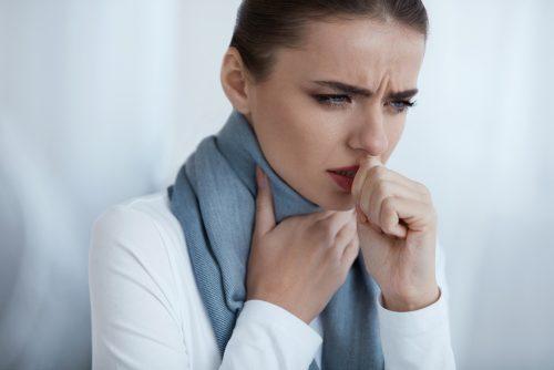 bicarbonate de sodium contre la gorge irritée