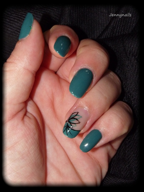 - Nail art - Accent rosace