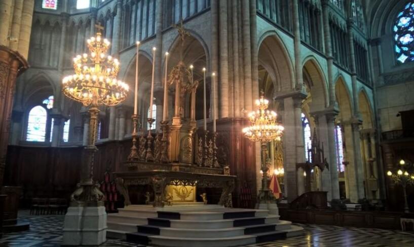 Sérénité cathédrale Saint-Omer.