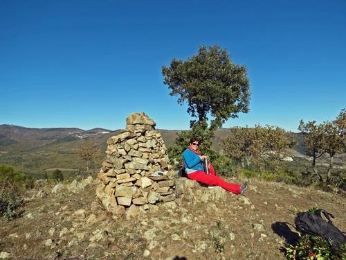 Le Pic Garrabet (794 m) et Terre Majou (842 m) depuis Sournia (497 m)