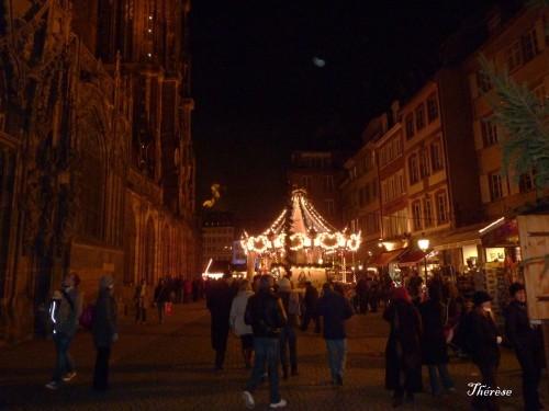 Strasbourg--marche-de-Noel-2010.JPG
