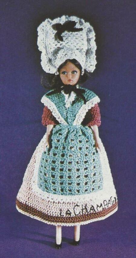 Barbie en robe régionale : Champenoise