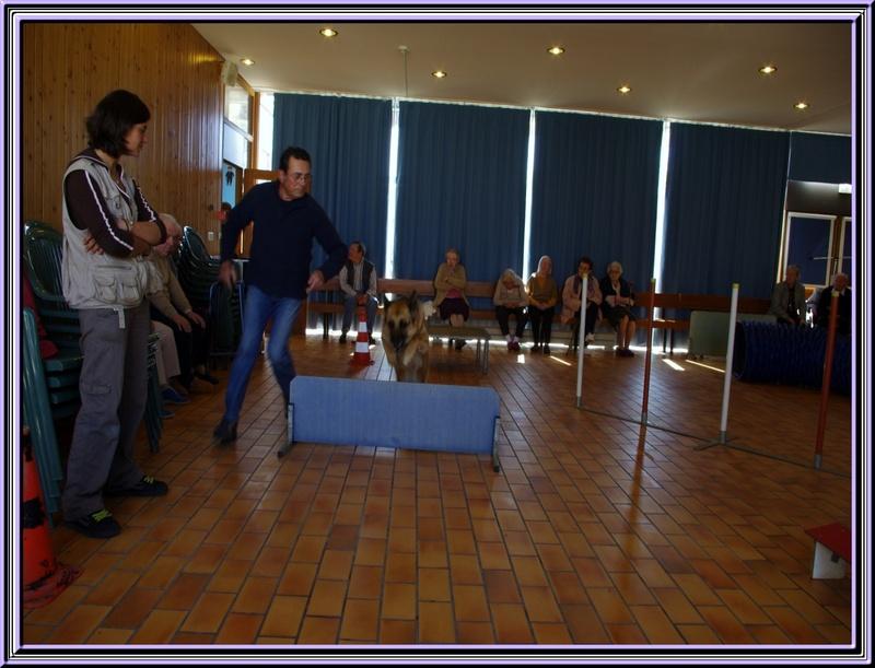 Visite à la maison nde retraite à Etaules  (17) avec le club canin de titi Falcon