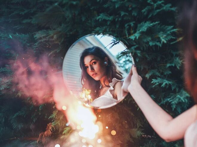 photoretouching mirrorme by brandon woelfel