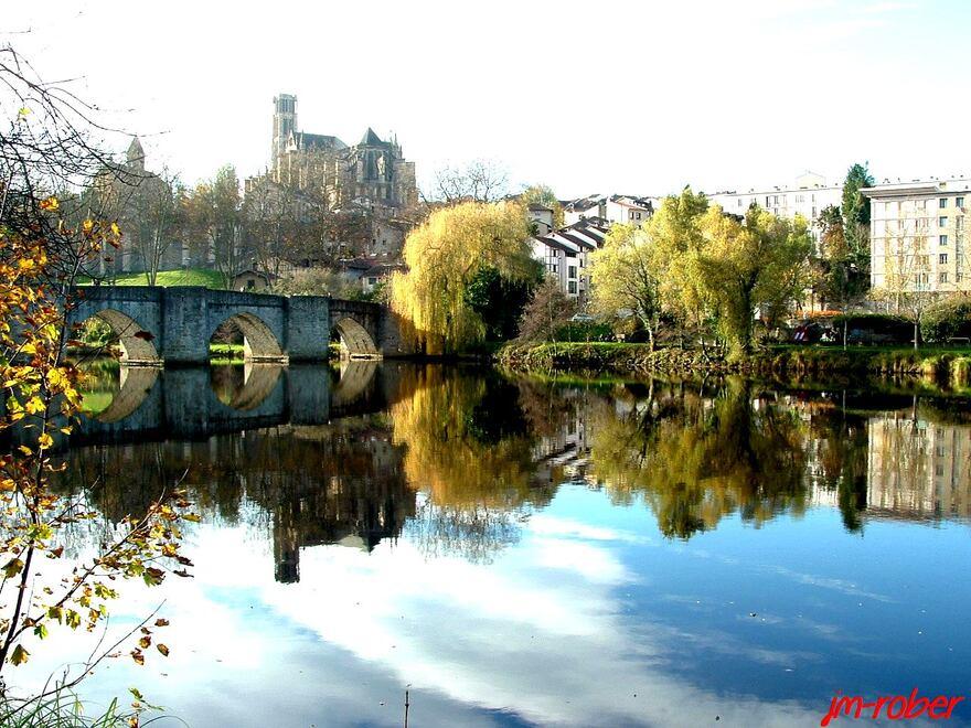 Limoges: Un viaduc parmi ses ponts sur la Vienne le début d'une aventure