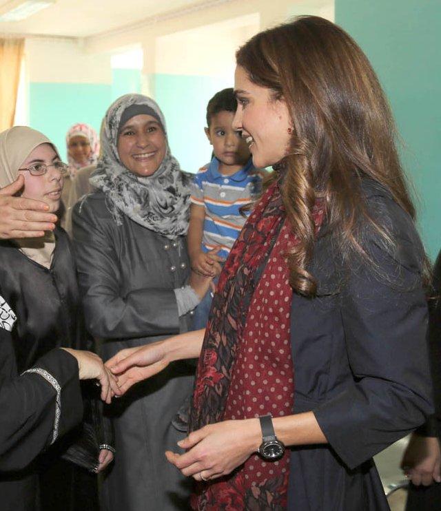 Rania au centre médical