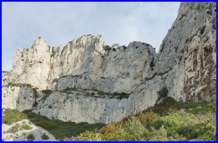 Calanques, la tour de Pise