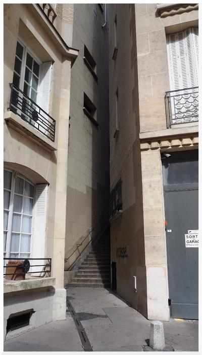 Rue des Eaux. Paris 16ème