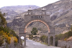 D'AREQUIPA     A    CHIVAY