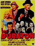 Sur le banc, la famille Duraton