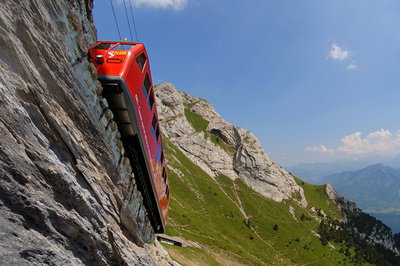 PILATE LE TRAIN QUI A CONQUIT LA MONTAGNE INTERDITE