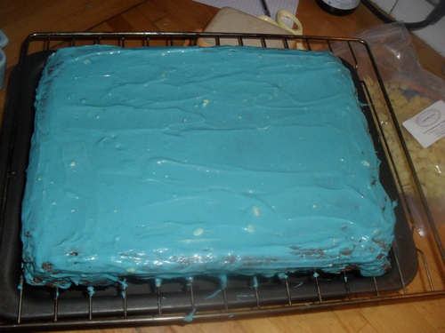 Un gâteau Spiderman pour un petit garçon de 6 ans (c'était le week end Pâtisserie)