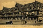 cartes-postales-photos-La-Plage-Fleurie--Le-Normandy-Hotel-