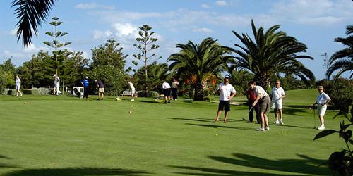 Réalisez le putt parfait au golf Djerba Tunisie