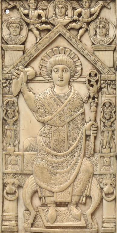 Fragment en ivoire d'un diptyque consulaire byzantin au nom de l'empereur Anastase, consul en 517 (cabinet des Médailles, Paris). Clovis a pu revêtir le même costume en 508.