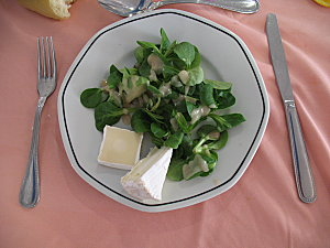 salade et fromage