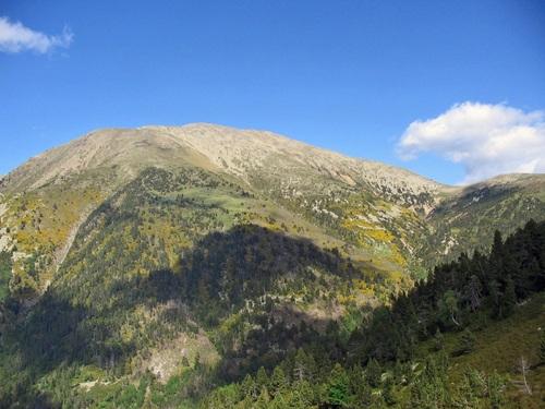 Le Pic des Sept Hommes (2.651 m) depuis le refuge de Mariailles
