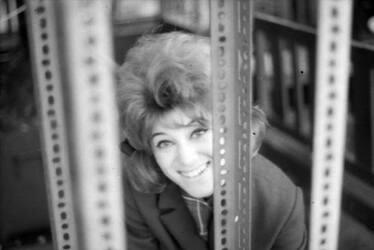 Avril 1963 : Sheila sur la Terrasse Martini (INEDIT)