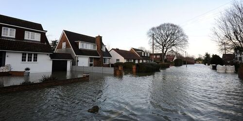 In the UK, late mobilization after floods