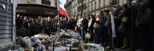 Attentats à Paris: Sophia Aram fustige les «crevures» à l'«ignorance crasse»