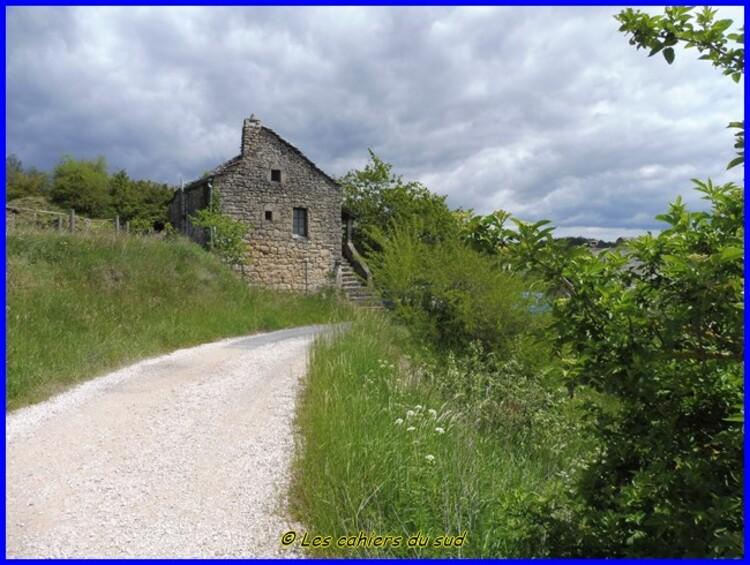 Aveyron, les corniches de la Jonte