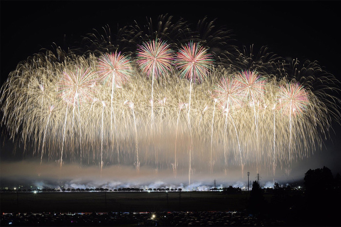 Photographies des festivals de feux d'artifice du Japon