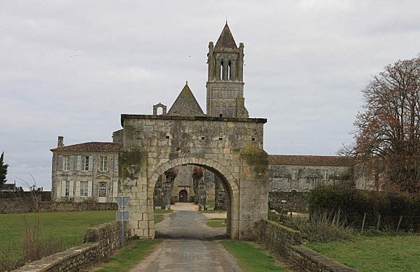 l'Abbaye de Sablonceaux 2
