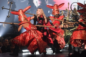 Madonna - Rebel Heart Tour - 2015 10 01 - Detroit, MI, USA (18)