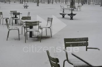 202296-le-jardin-du-luxembourg-sous-la-neige