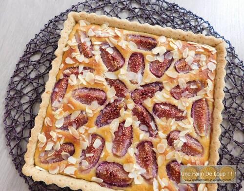 Tarte aux figues, polenta et fleur d'oranger