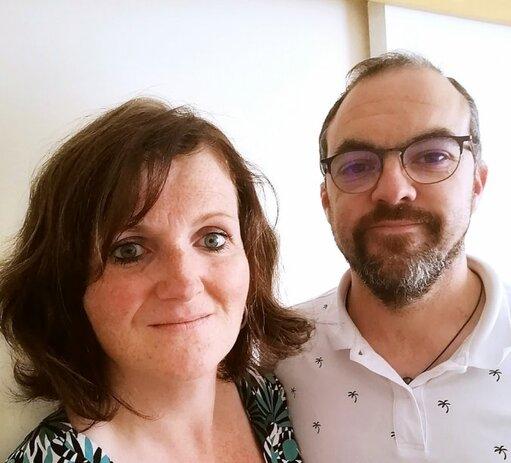 Nathalie Pichon travaille chez Hop!, à Morlaix, depuis 23 ans et occupe aujourd'hui le poste de secrétaire de direction, alors que son mari Mathieu est ingénieur informatique depuis cinq ans chez Nok