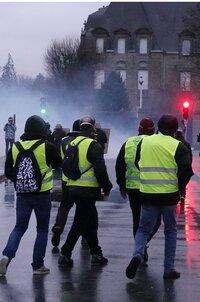 Quimper-Les Gilets Jaunes répondent au préfet (OF 2/02/19)