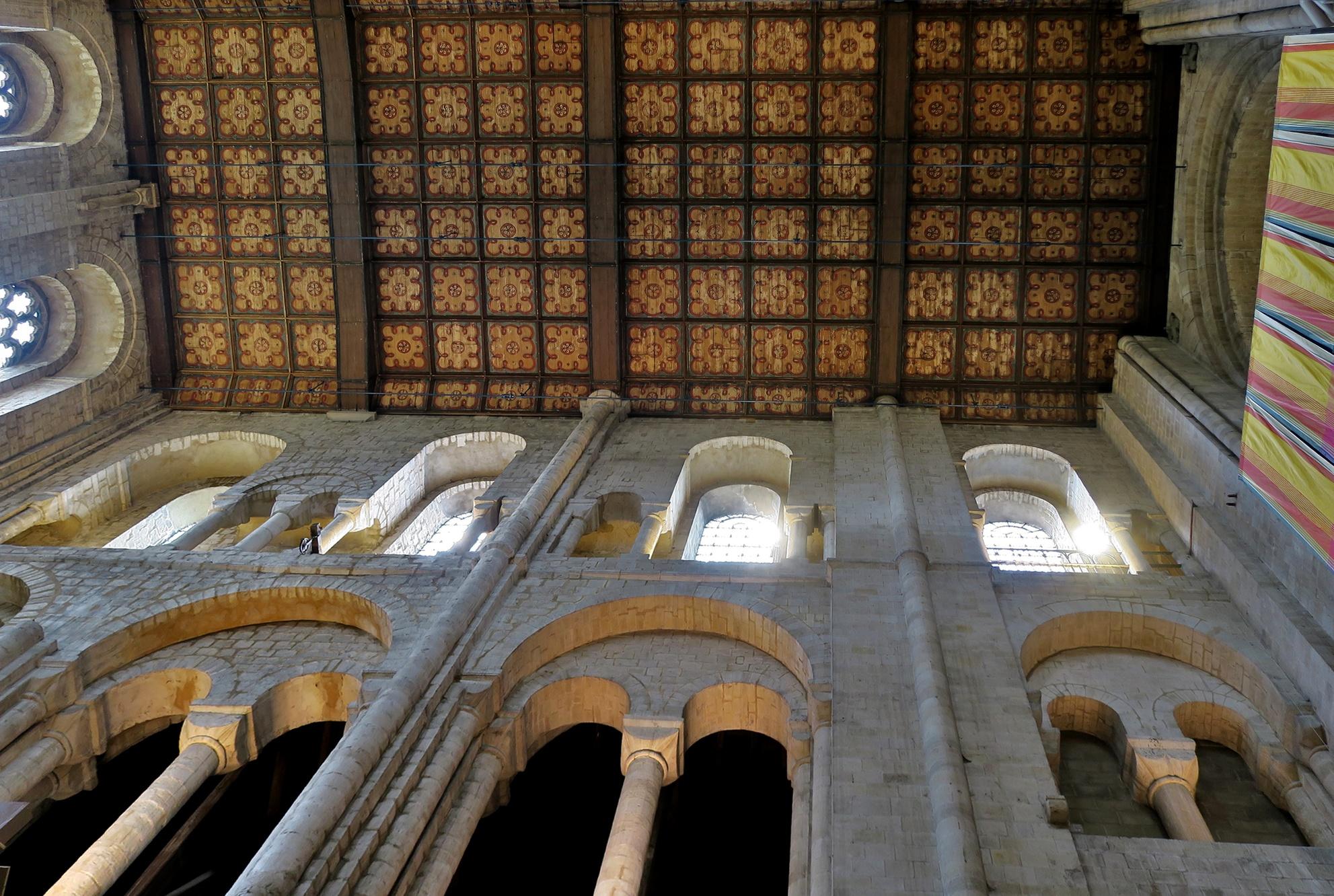 WINCHESTER, La Cathédrale : le plafond du transept Nord