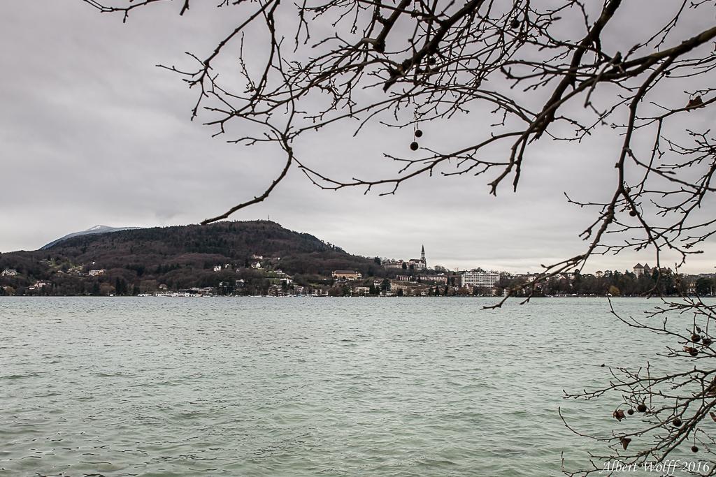 A un bout du lac - Annecy