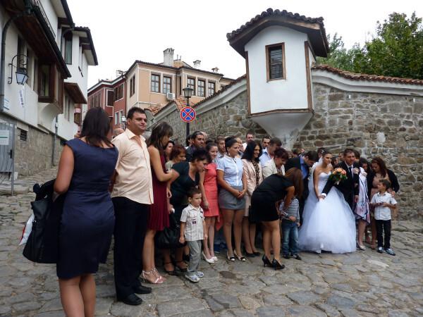 Jour 9 - Plovdiv - La noce devant les murs de la forterress