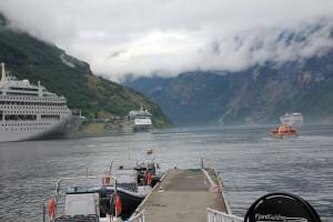 001-navires de croisière à Geiranger