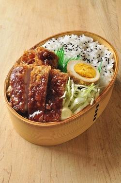 L'heure du Repas ☆*:.。. o(≧▽≦)o .。.:*☆