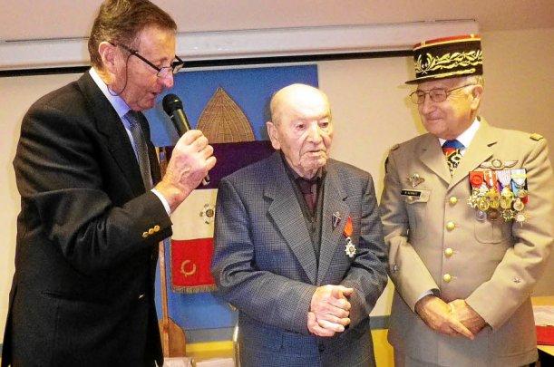 Légion d'honneur. Louis Favé décoré