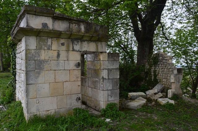Blog de sylviebernard-art-bouteville : sylviebernard-art-bouteville, Histoire et rénovation du Château de Bouteville