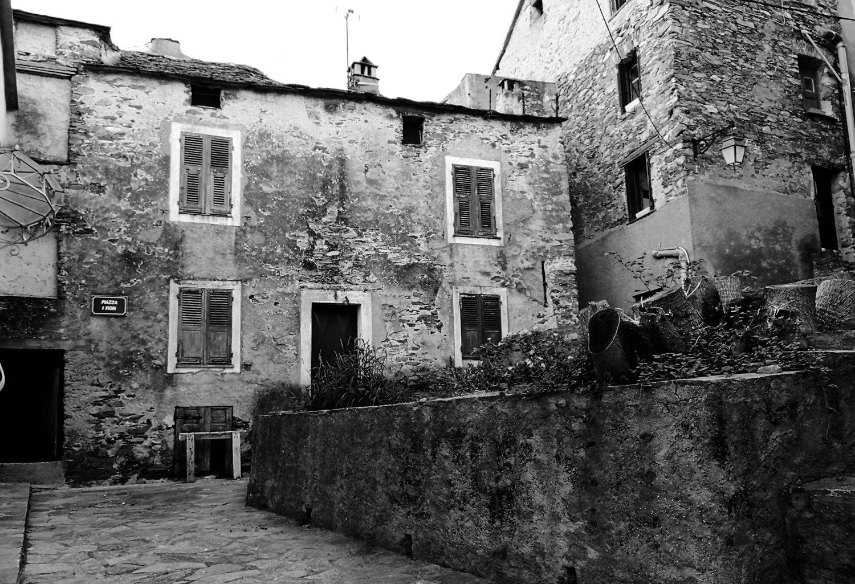 Balade en Corse en N&B #181024