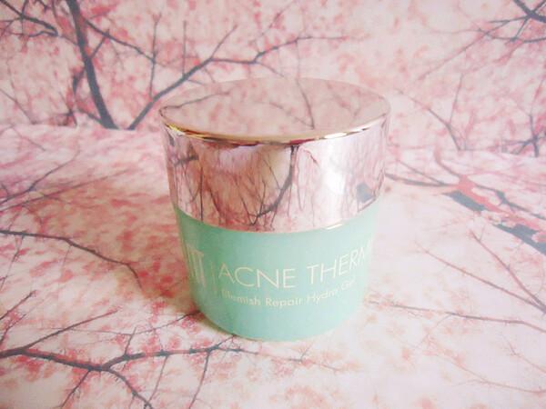 ÜNT Skincare - Acne Therme...Il est temps que je vous en parle
