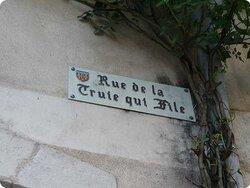 La rue, si tranquille...