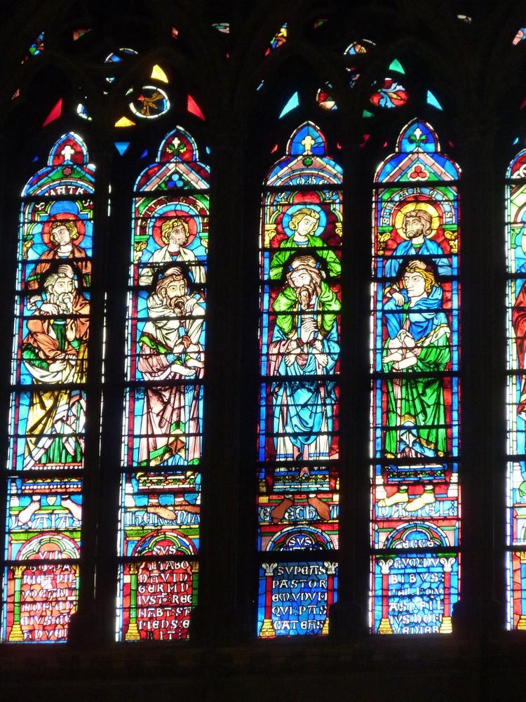 Vitraux transept sud