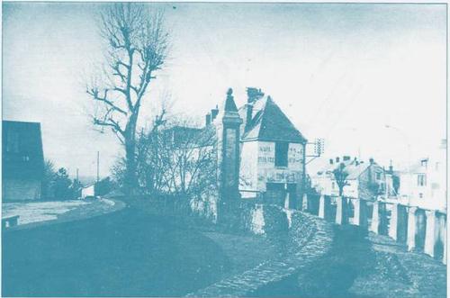 La Place Ronde - Extrait du bulletin annuel municipal de 1988