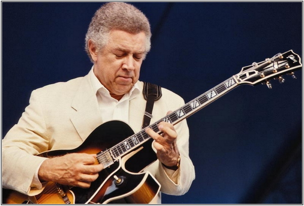 Kenny Burrell - Summertime (1985) - Avec Grover Washington