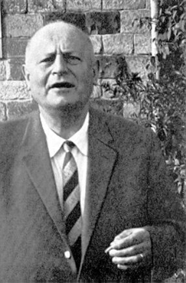 Né le 4 avril 1892  ,  Karl Wilhelm Reinmuth, astronome