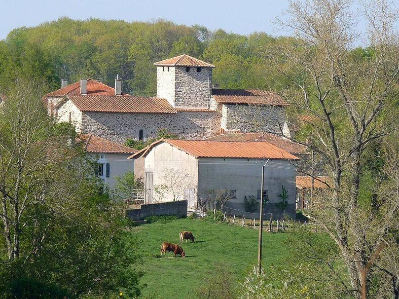 Mouzon (Charente)