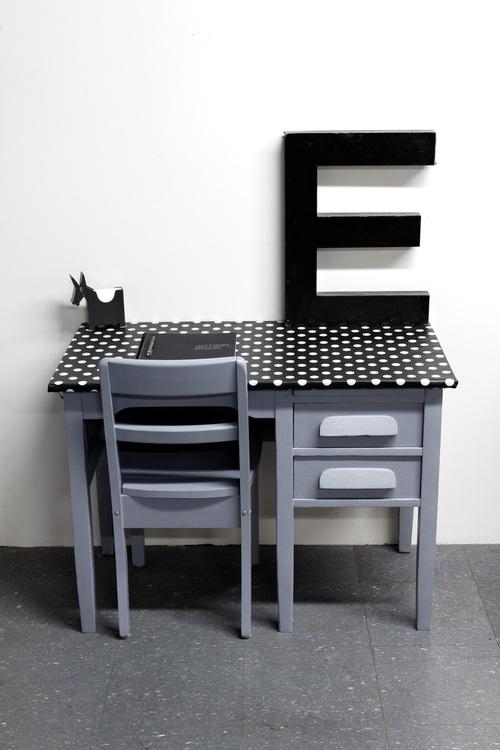 Pupitres and desks pour les grands