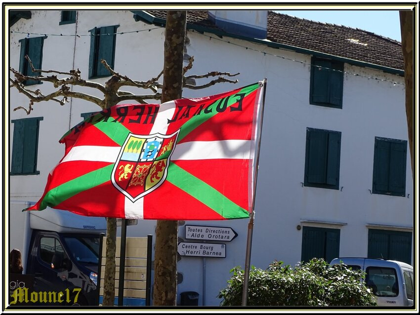 Suite au pays basque Espelette